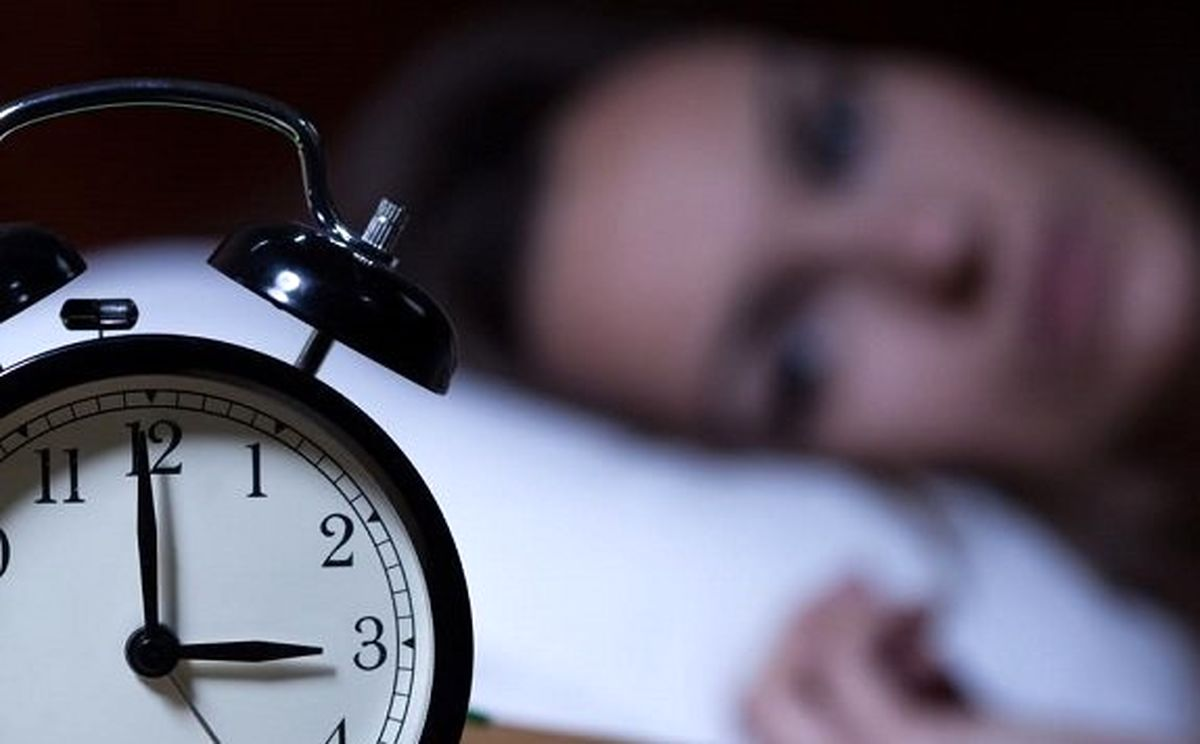 دلیل اینکه در جای جدید بی خواب می شوید چیست؟