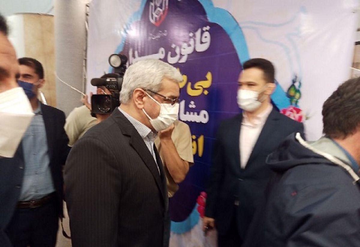 کنایه رئیس ستاد انتخابات درباره حواشی ثبت نام احمدی نژاد