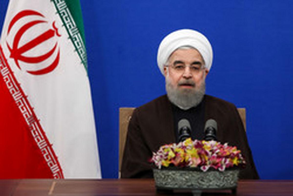 روحانی: آمریکا به دنبال آشوب خیابانی است/ هم مرد دفاع و هم مرد مذاکره هستیم