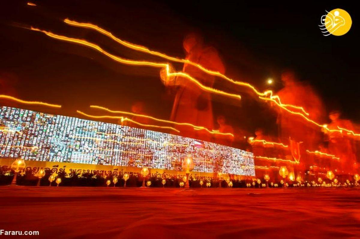 تصاویر زیبا از مراسم آیینی بوداییان با حضور مجازی ۲۰۰ هزار نفر